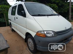 Toyota Hiace Bus 2003 Model, Short Van. | Buses & Microbuses for sale in Lagos State, Apapa