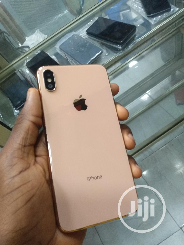 New Apple iPhone XS Max 512 GB Gold