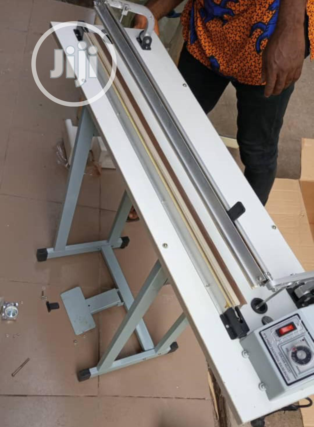 Pedal Sealing Machine 400mm, 600mm, 800mm.
