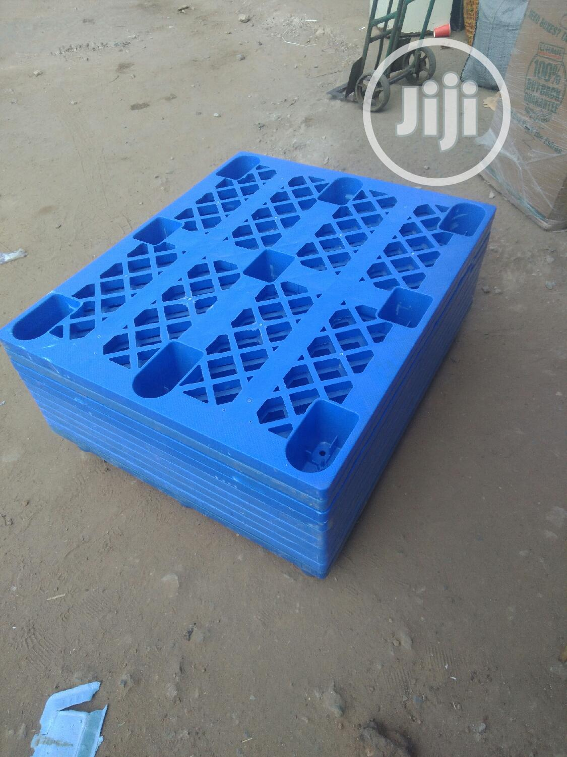Durable And Clean Plastic Pallets