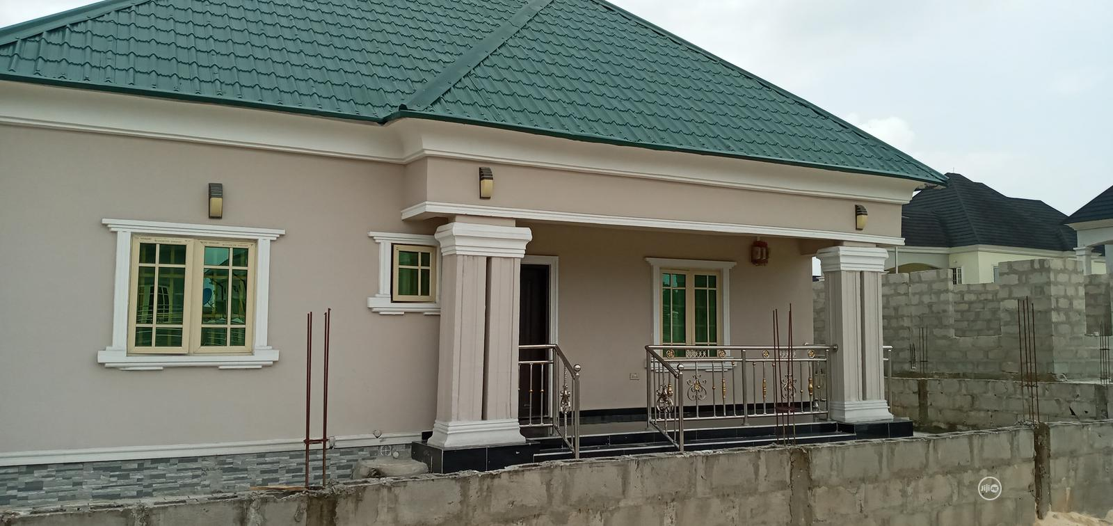 Bungalow With BQ for Sale | Houses & Apartments For Sale for sale in Warri, Delta State, Nigeria