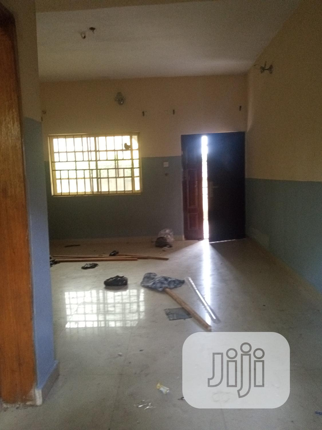 A Neat 3bedroom Flat For Rent In Umuahia | Houses & Apartments For Rent for sale in Umuahia, Abia State, Nigeria