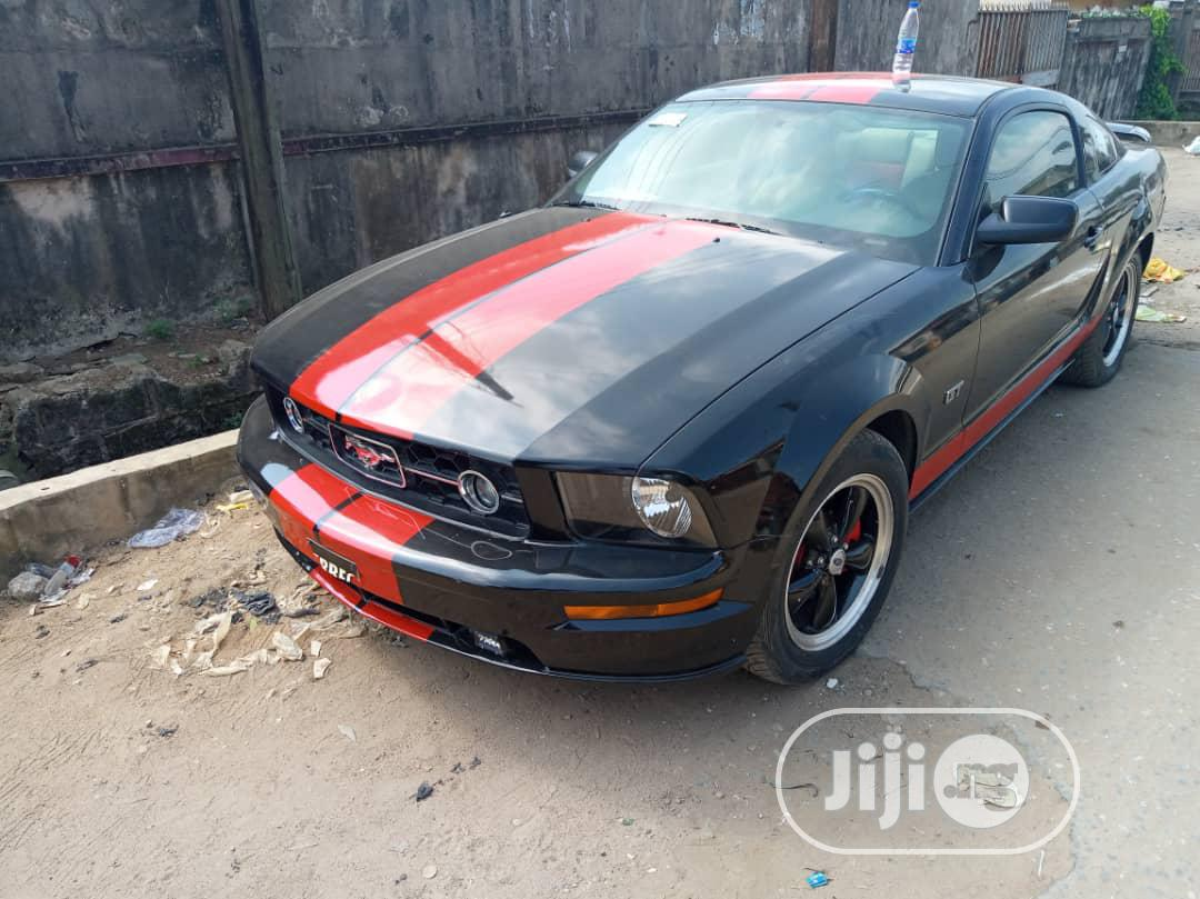 Ford Mustang 2006 GT Premium Coupe Black