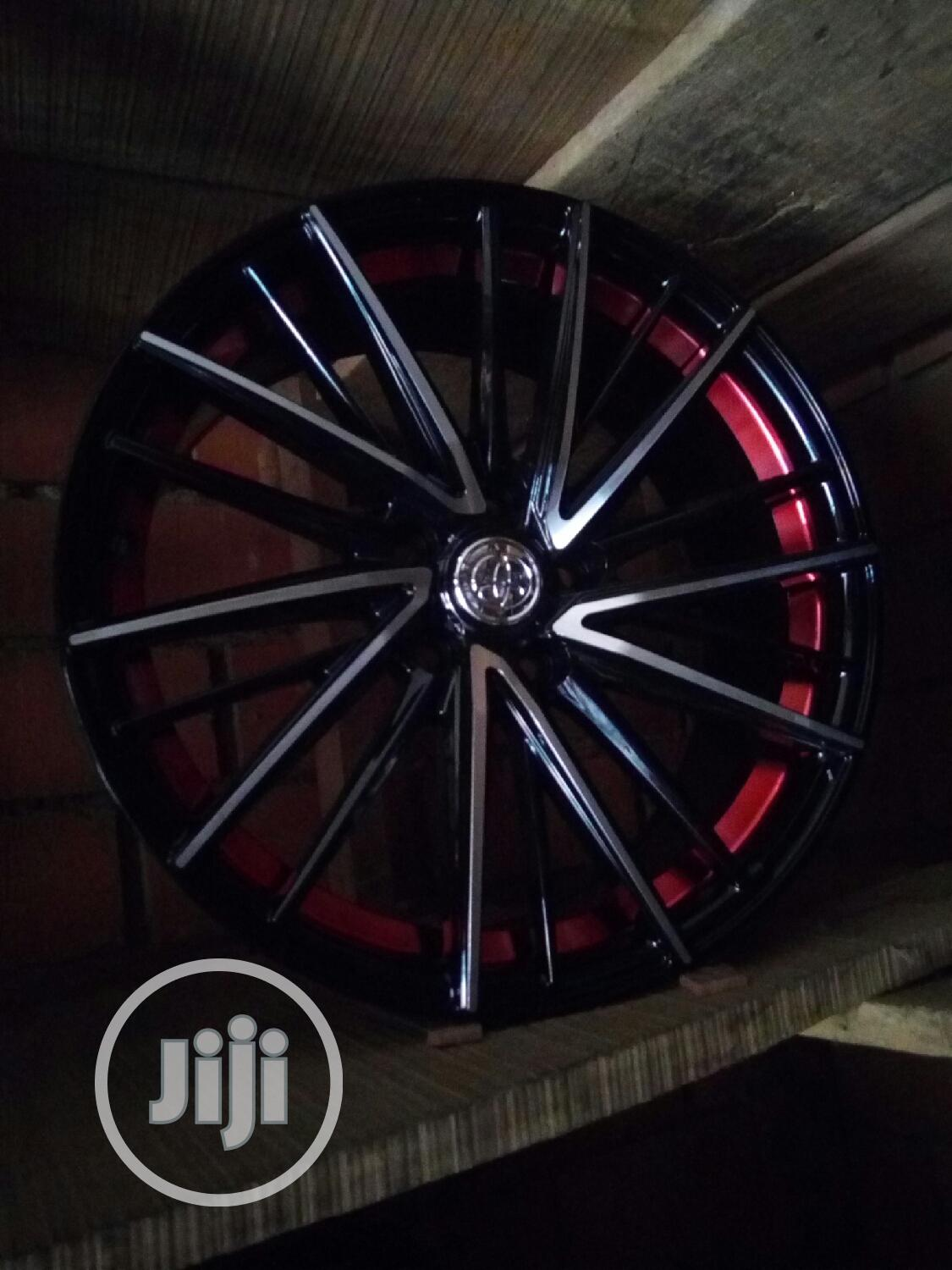 Original Toyota Factory Hub 18rim Alloy Wheel | Vehicle Parts & Accessories for sale in Apo District, Abuja (FCT) State, Nigeria