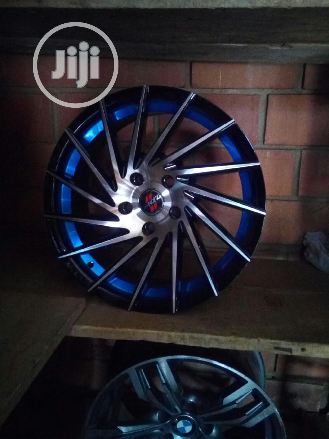 Quality Toyota Factory Hub 17rim Alloy Wheel | Vehicle Parts & Accessories for sale in Gudu, Abuja (FCT) State, Nigeria