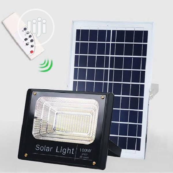 LED Solar Flood Light 100w