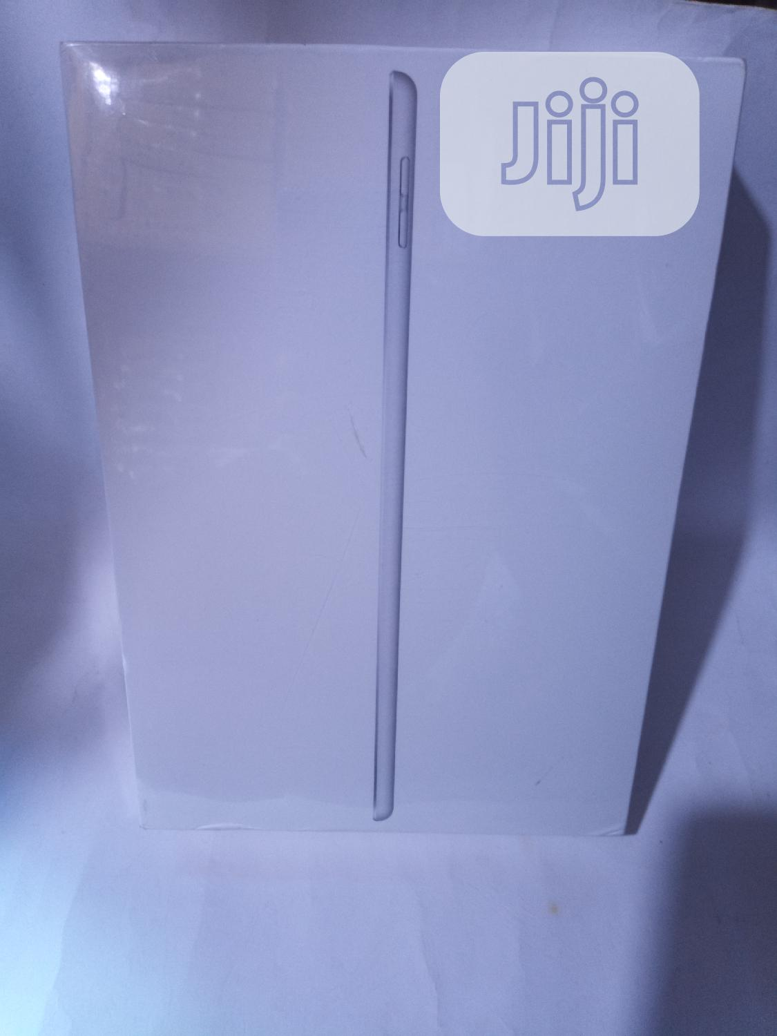 New Apple iPad 10.2 32 GB Silver   Tablets for sale in Lekki, Lagos State, Nigeria