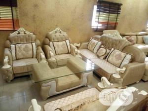 Foreign 7 Seater Leather Sofas with Centre Table | Furniture for sale in Lagos State, Victoria Island