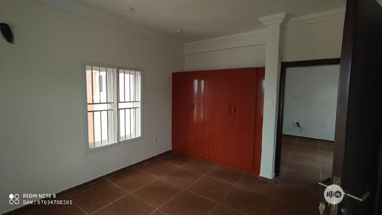 Lovely and Tastefully Newly Built 1bedroom Flat at Wuye