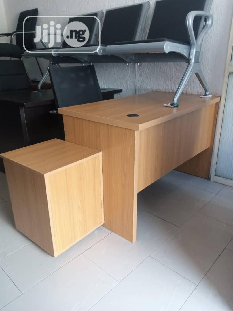 Office With Movable Drawer