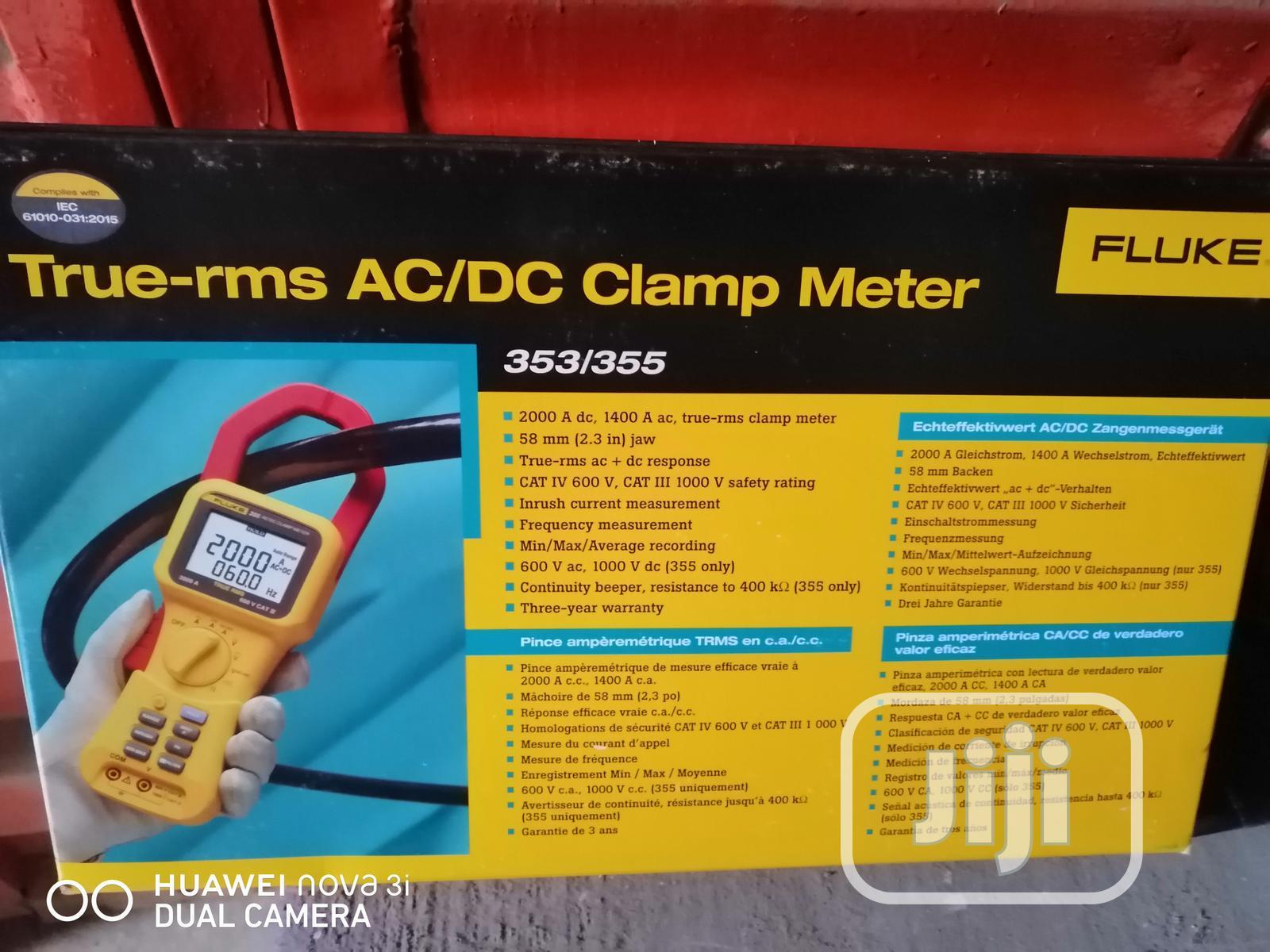 Fluke 355 True RMS 2000A AC-DC Clamp Meter