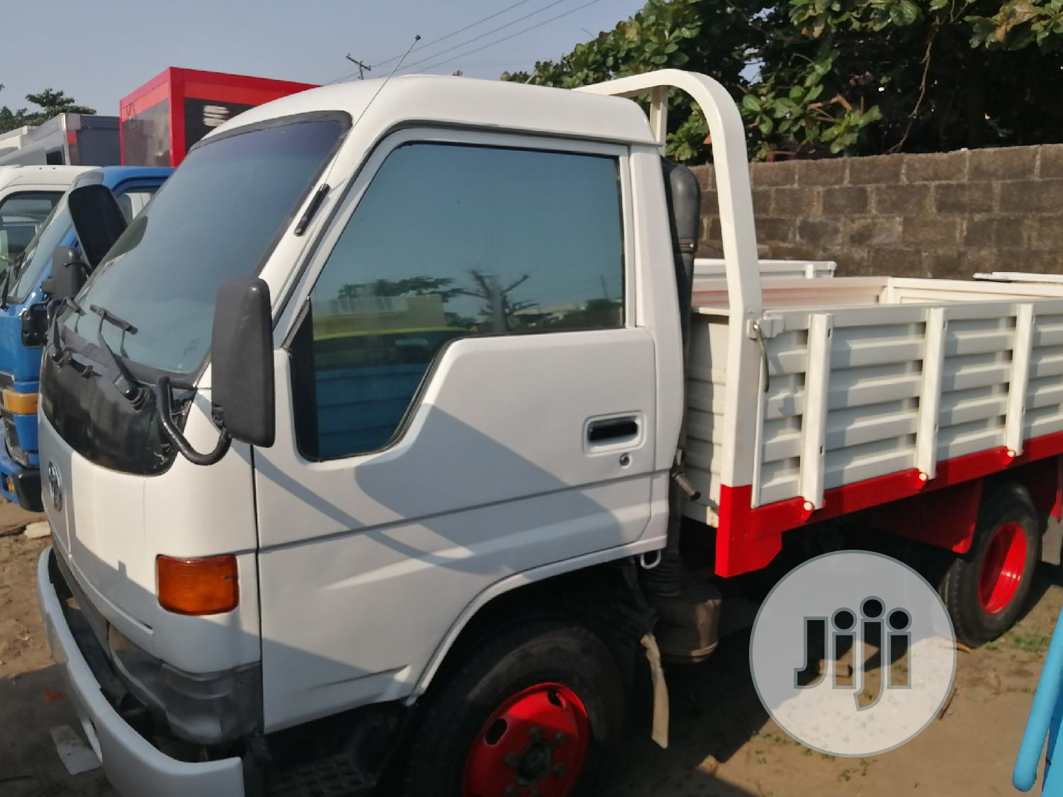 Toyota Dyna 200 Normall Fuel   Trucks & Trailers for sale in Apapa, Lagos State, Nigeria