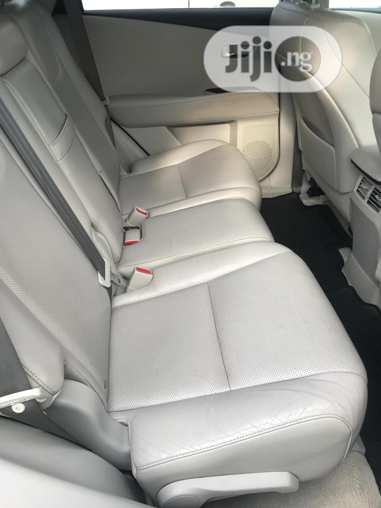 Archive: Lexus RX 2012 350 FWD Black