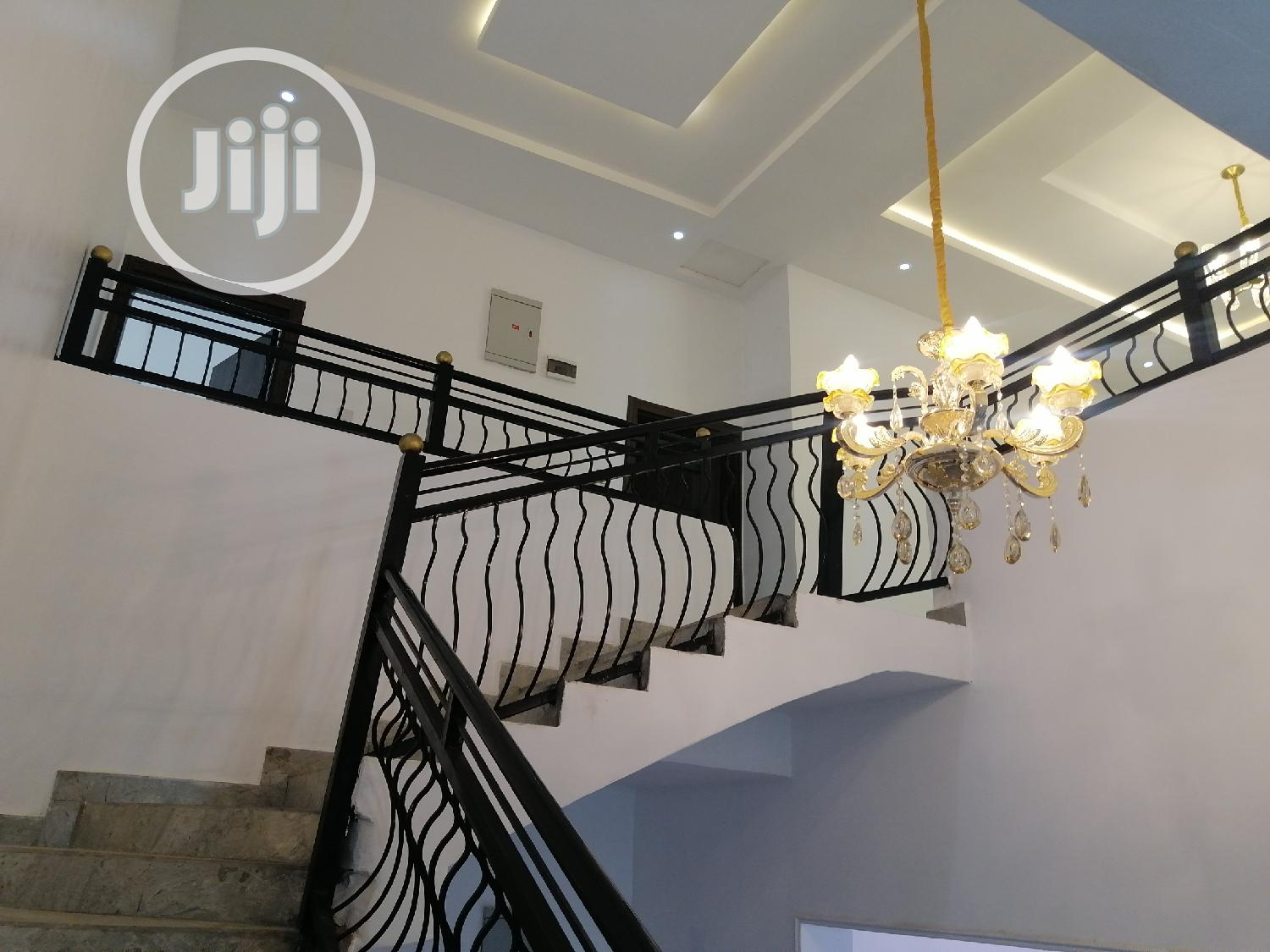Exquisitely Finished 4 Bedroom Duplex With Swimming Pool