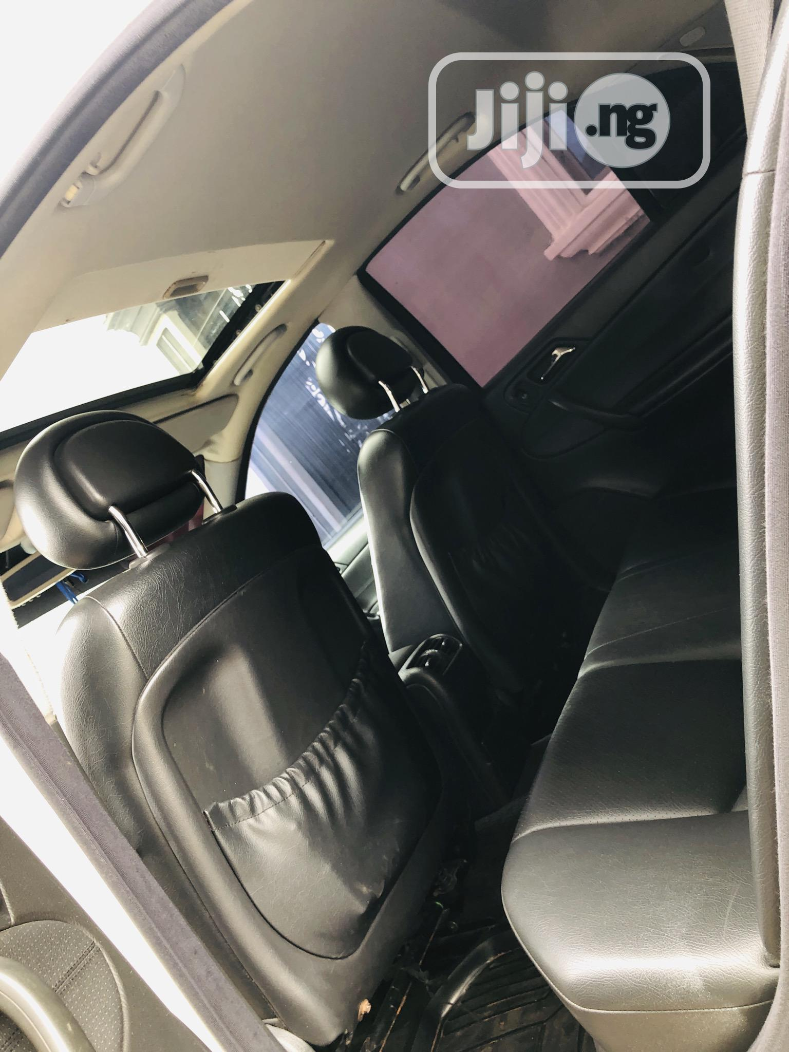 Mercedes-Benz C320 2005 White | Cars for sale in Oshimili South, Delta State, Nigeria