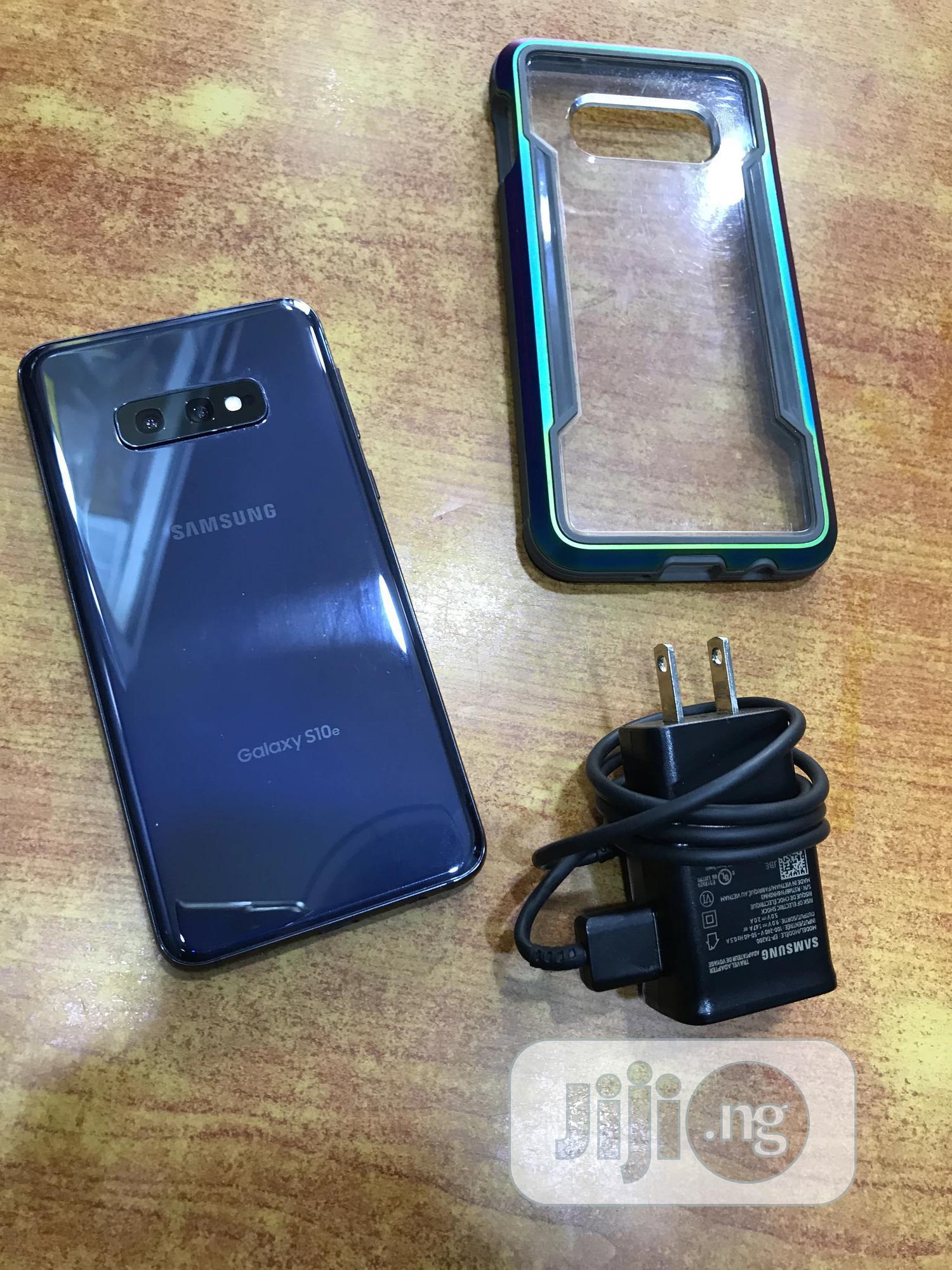 Samsung Galaxy S10e 128 GB Black | Mobile Phones for sale in Ikeja, Lagos State, Nigeria