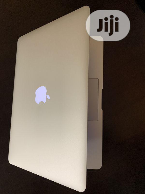 Laptop Apple MacBook Air 4GB Intel Core i5 SSD 256GB | Laptops & Computers for sale in Enugu, Enugu State, Nigeria