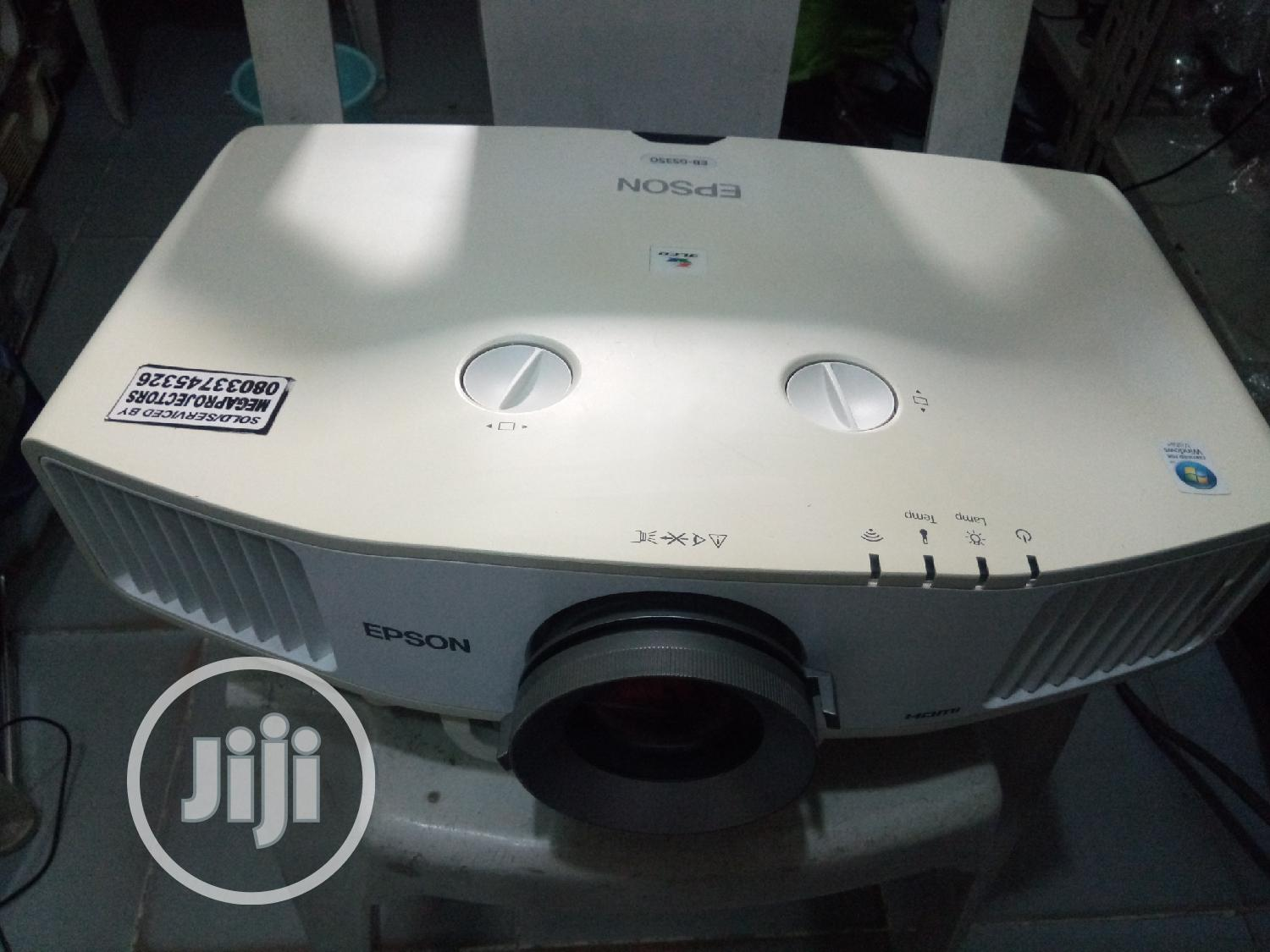 Powerful Epson Projector EB-G5350 | TV & DVD Equipment for sale in Ikeja, Lagos State, Nigeria