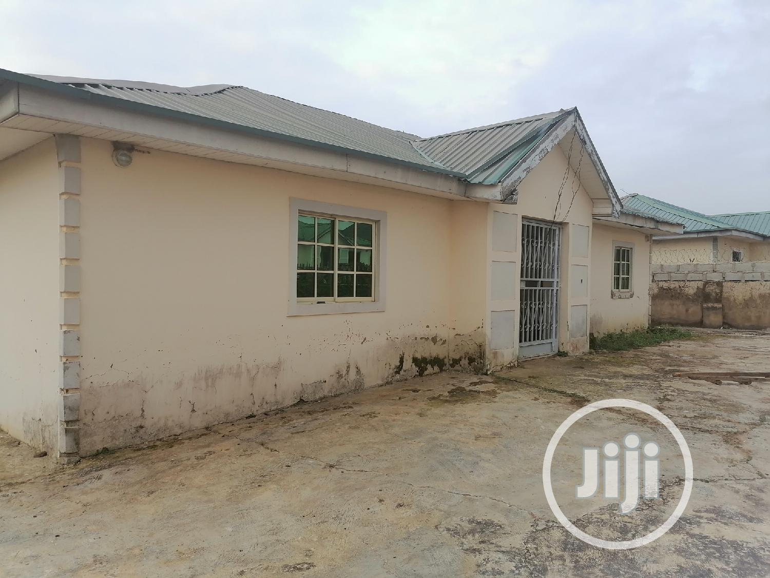 3 Bedroom Bungalow Fenced With Borehole for Sale at Kurudu | Houses & Apartments For Sale for sale in Kurudu, Abuja (FCT) State, Nigeria
