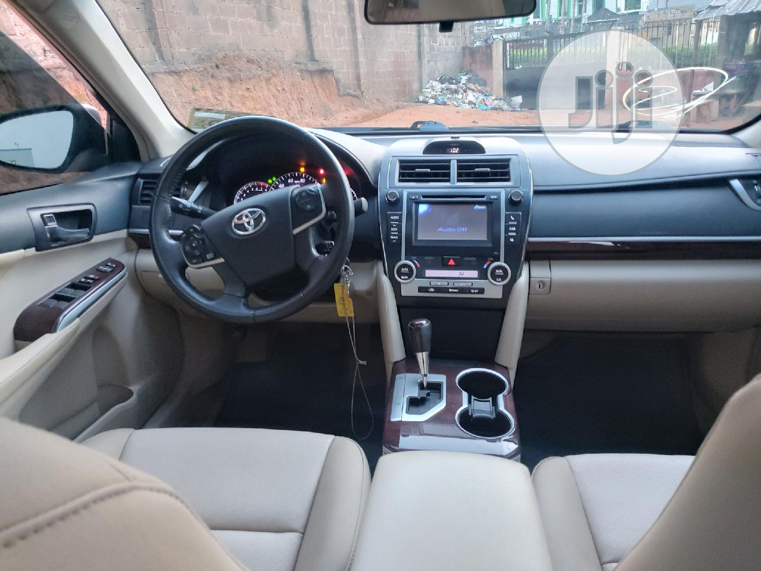 Archive: Toyota Camry 2012 Green