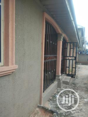 Clean 3bedroom Flat Not Far From D Road 4pple In Compound | Houses & Apartments For Rent for sale in Edo State, Benin City