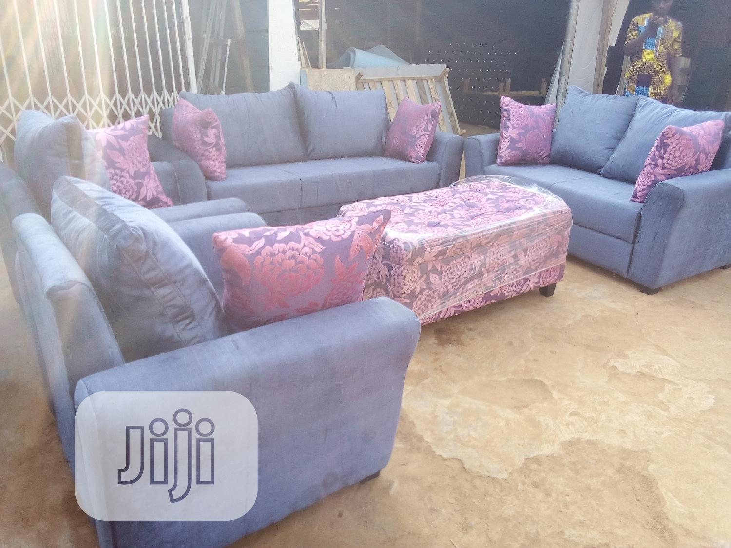 Archive: 7 Seater Living Room Chair