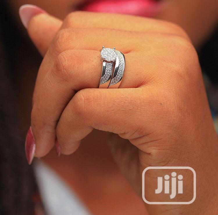 Archive: Wedding Ring/Engagement