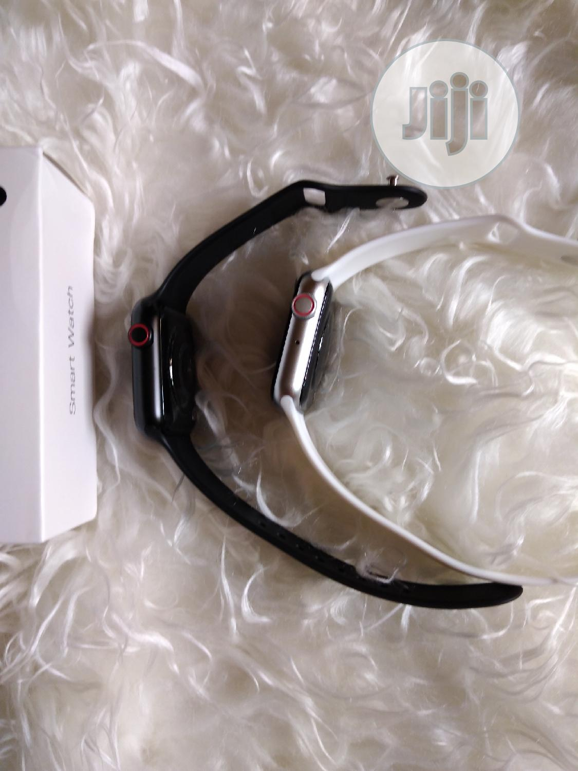 Bluetooth Smart Watch for iPhones and Android Phones | Smart Watches & Trackers for sale in Amuwo-Odofin, Lagos State, Nigeria