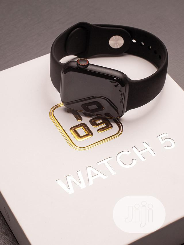 Archive: Smart Watch 5