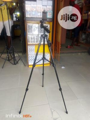 Selfie Tripod With Bluetooth Shutter Support Phone & Camera   Accessories & Supplies for Electronics for sale in Lagos State, Amuwo-Odofin