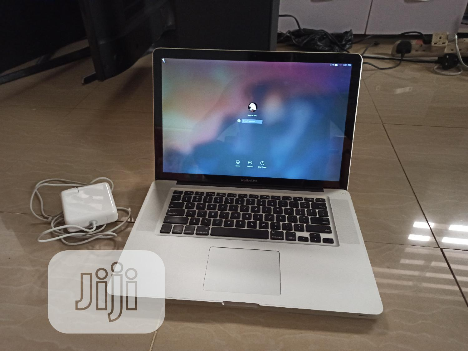 Laptop Apple MacBook Pro 4GB Intel Core I7 HDD 500GB