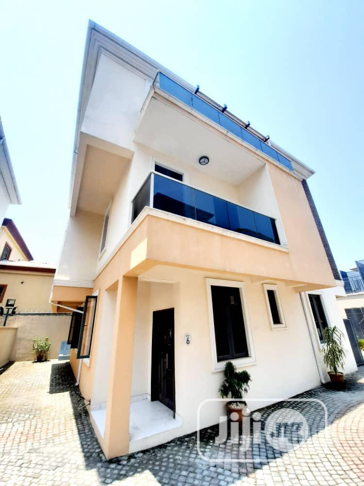 Lovely Osapa 5bedrooms Fully Detached Duplex With BQ