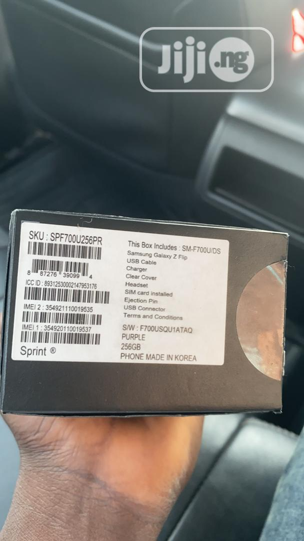 Archive: New Samsung Galaxy Z Flip 256 GB Black
