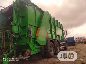 European Used Mercedes-Benz 2527 Trucks 1998 Green | Trucks & Trailers for sale in Lagos State, Amuwo-Odofin