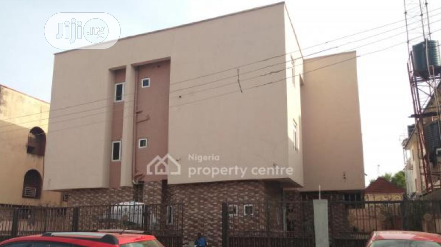Newly Built 20 Rooms Hotel At GARKI AREA 11 ABUJA | Commercial Property For Sale for sale in Garki 1, Abuja (FCT) State, Nigeria