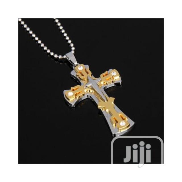 Cuban Chain And Cross Pendant