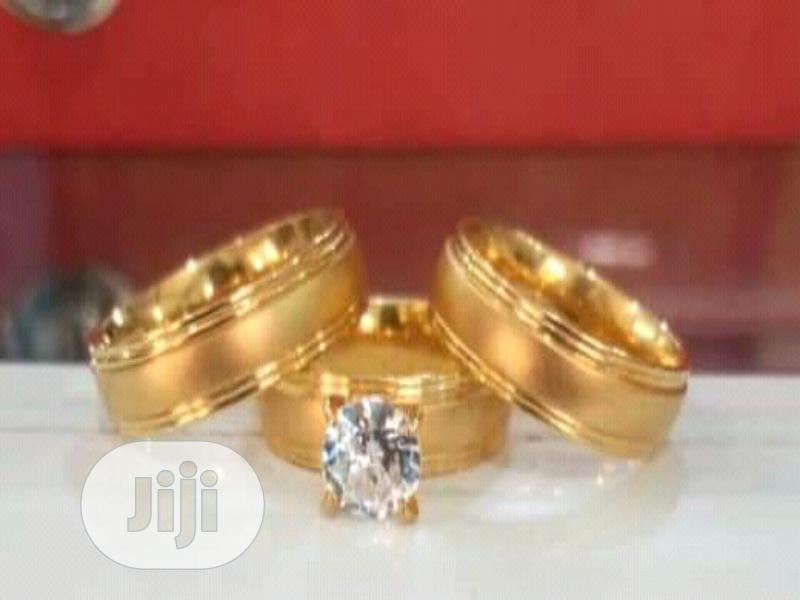 Archive: Italian Gold Wedding Ring Set