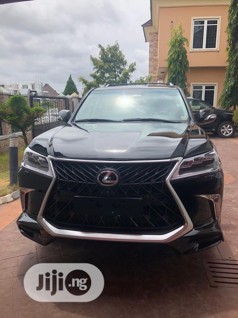 Lexus LX 2019 Black