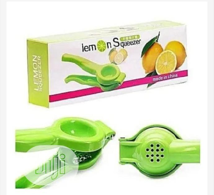 Plastic Lemon Squeezer
