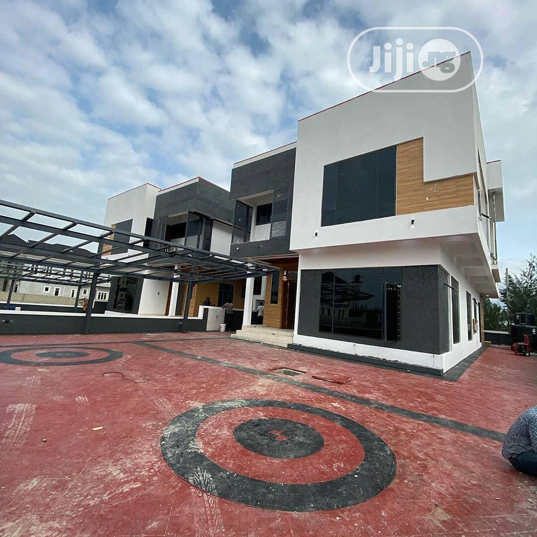 5 Bedroom Detached Duplex With Swimming Pool, Gym & BQ Lekki