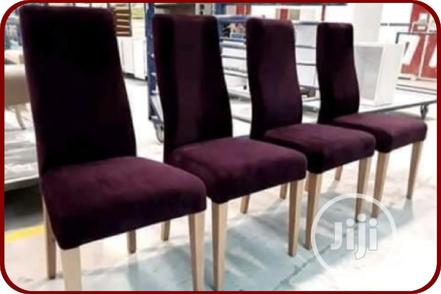 4 Seater Dinning Set For Sale
