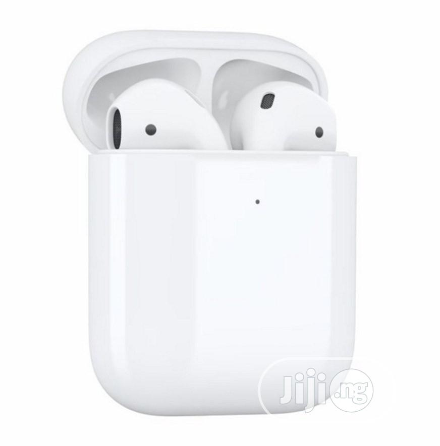 Apple Airpods 2 (With Wireless Charging)