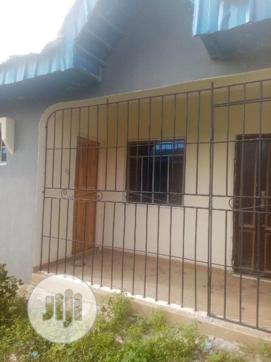 Archive: Well Built Neat 2 Bedroom Flat For Rent At Oreta