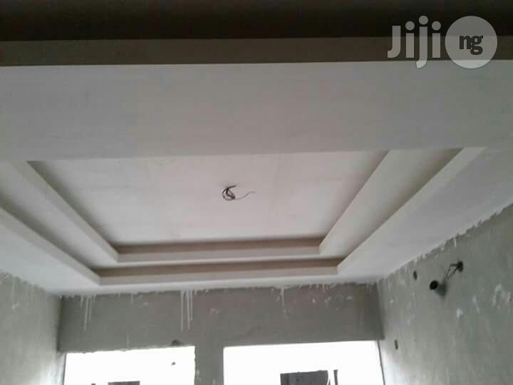 Wallpaper, Painting, Cleaning, Window Blind. Wall Screeding And Pop   Building & Trades Services for sale in Ajah, Lagos State, Nigeria