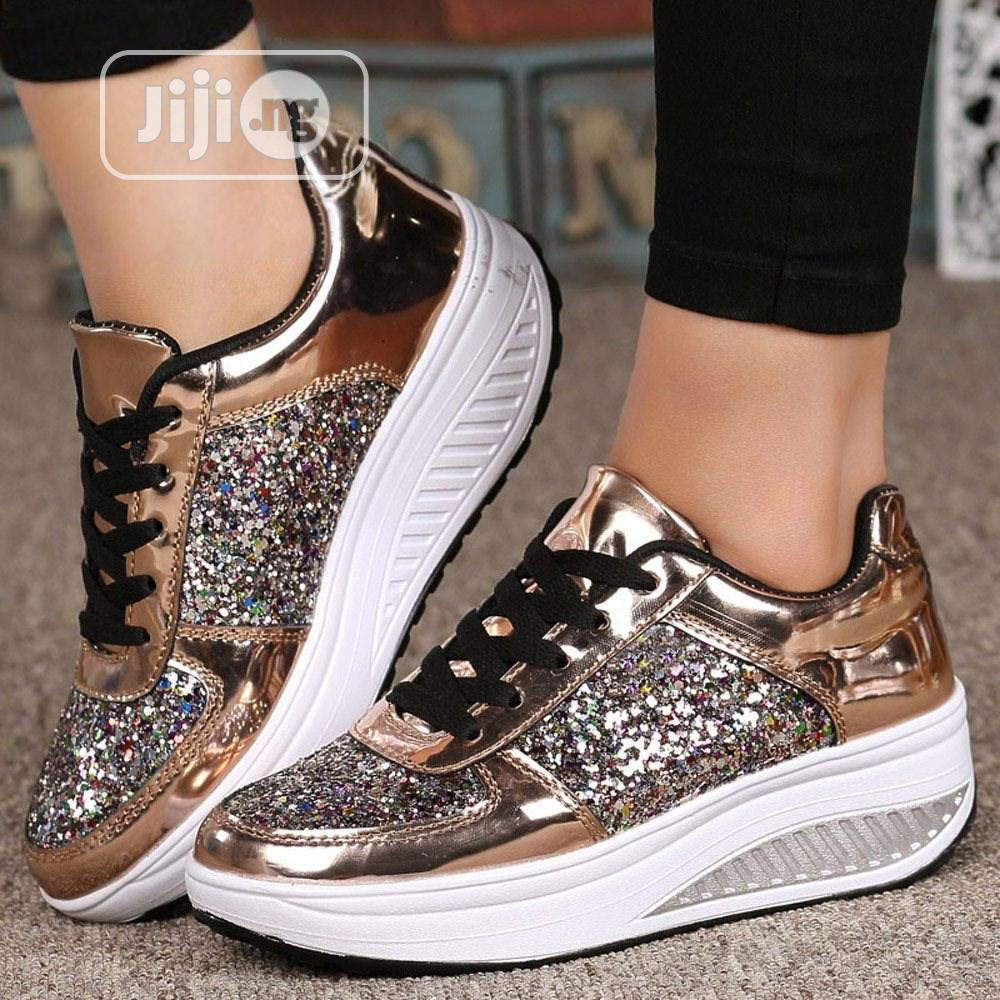 Classic Unisex Sneakers   Shoes for sale in Alimosho, Lagos State, Nigeria