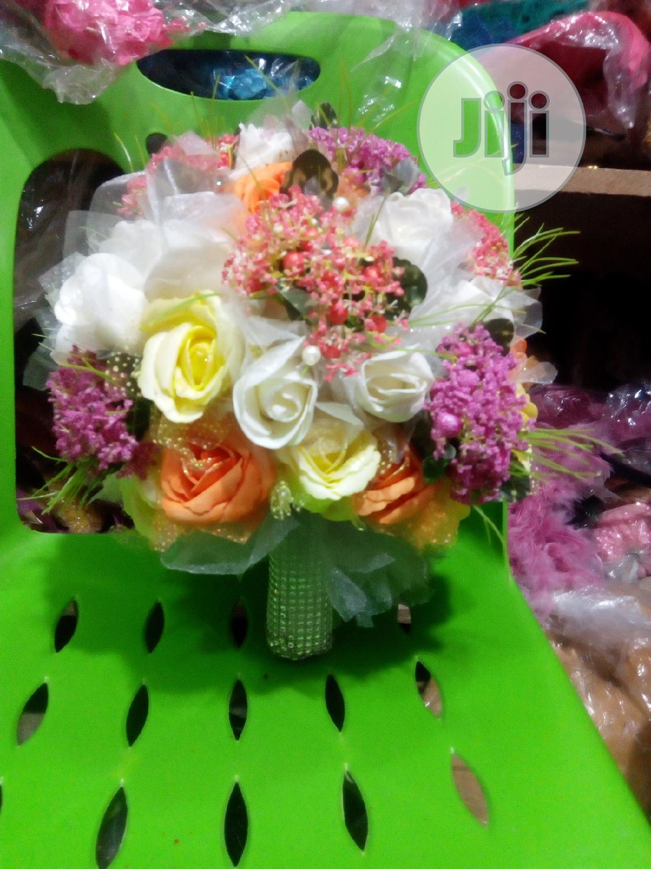 White Bridal Bouquet   Wedding Wear & Accessories for sale in Ojo, Lagos State, Nigeria