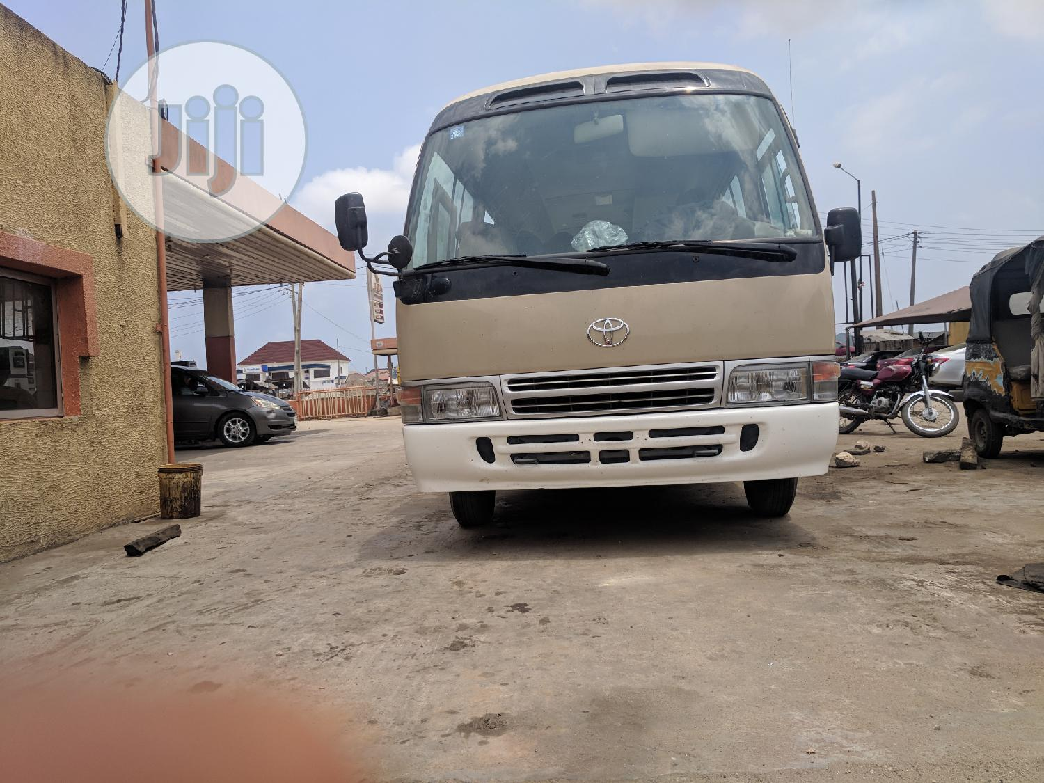 Toyota Coaster Bus 2010 | Buses & Microbuses for sale in Isolo, Lagos State, Nigeria