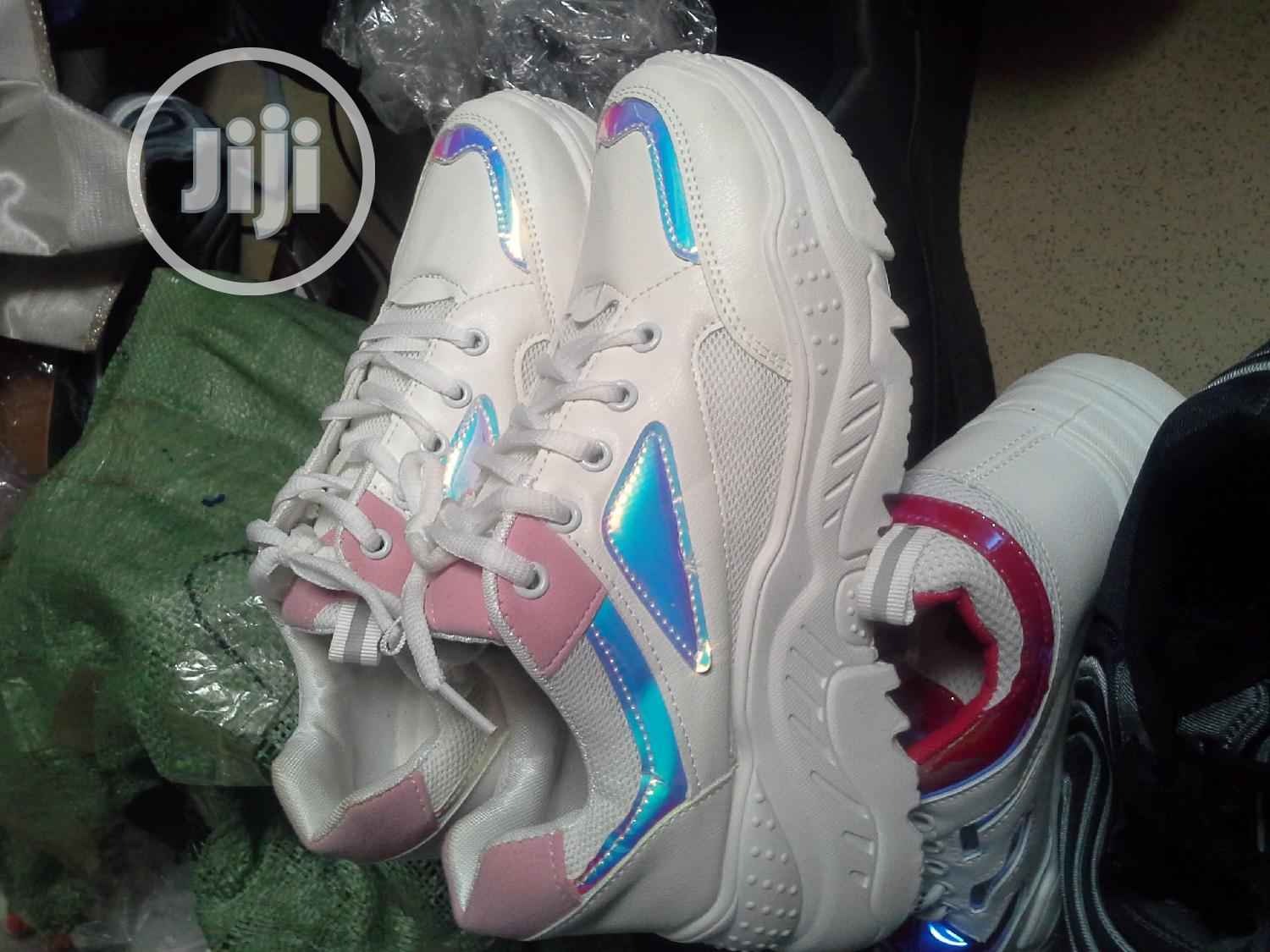 Archive: Sneakers