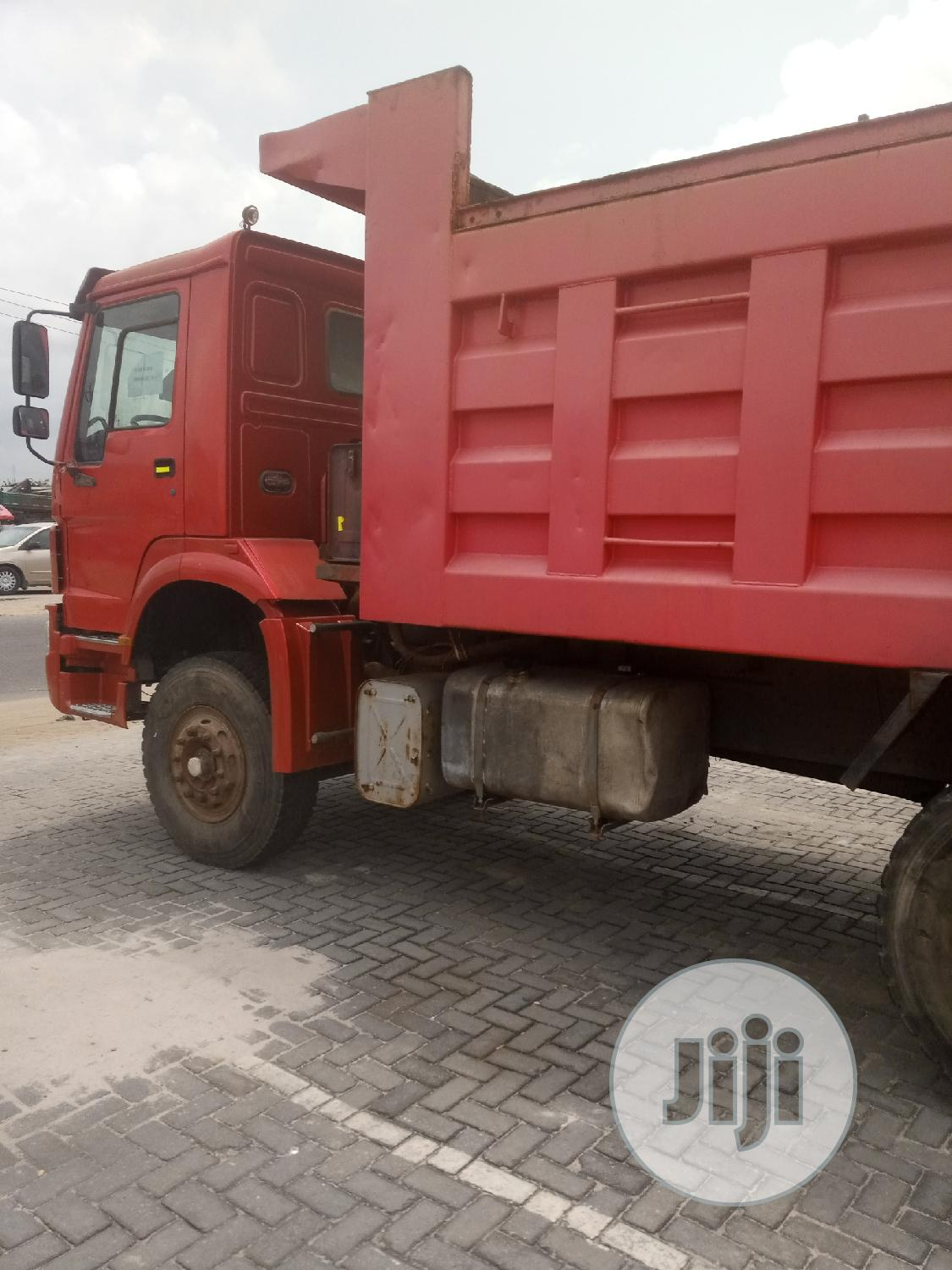 China/Howo Truck for Sale