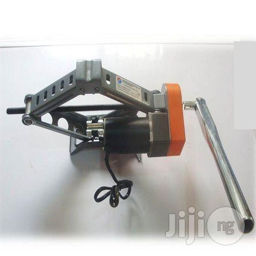 2-1 Electric Car Jack With Wrench | Vehicle Parts & Accessories for sale in Ikorodu, Lagos State, Nigeria